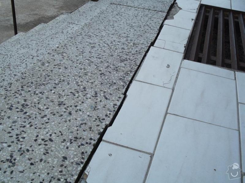 Rekonstrukce venkovního schodiště - bytovka, Svídnice u Dymokur: DSCF0860