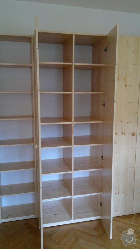 Dřevěná skříň: 2014-06-16-062
