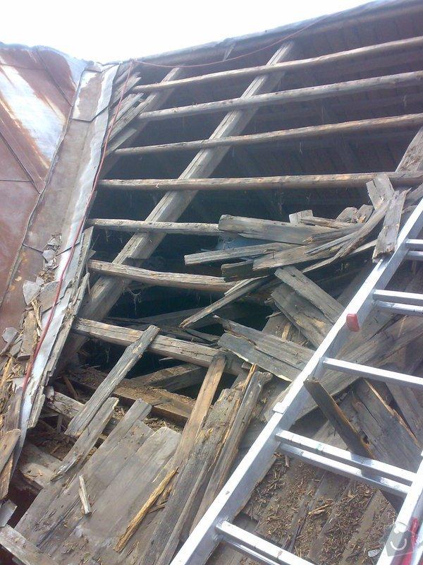 Rekonstrukce části střechy - červen / červenec 2014: 27062014314