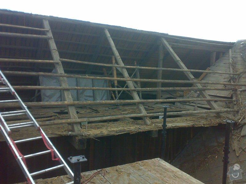 Rekonstrukce části střechy - červen / červenec 2014: 27062014315