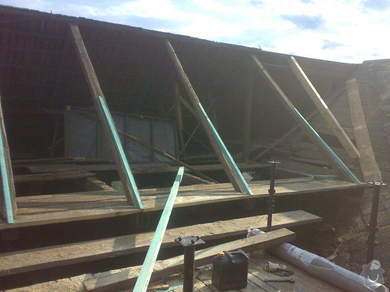 Rekonstrukce části střechy - červen / červenec 2014: 27062014317