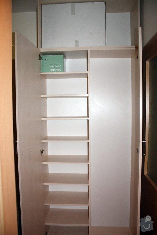 Výroba 2 skříní a desky konfer. stolku: IMG_2675