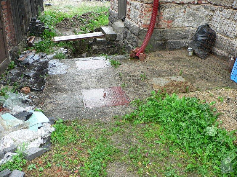 Výkopové práce - likvidace septiku, příprava na ČOV: P1030285