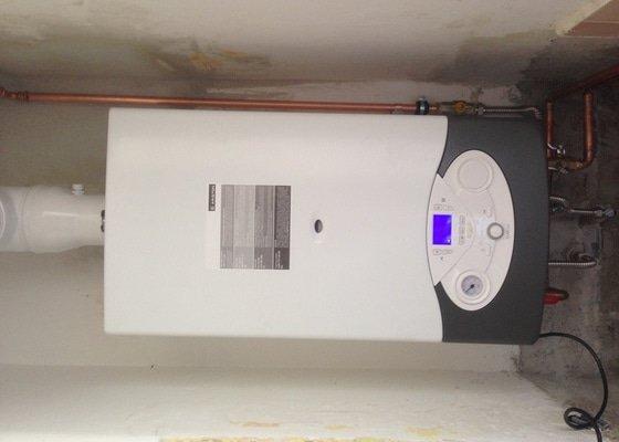 Realizace topného systému v bytě včetně kotle.