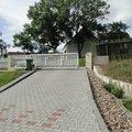 Vystavba plotu a schodu u rodinneho domu dsc04438