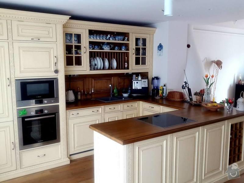 Rustykalní kuchyń z masivu: trouba_pod_mikrovlnkou