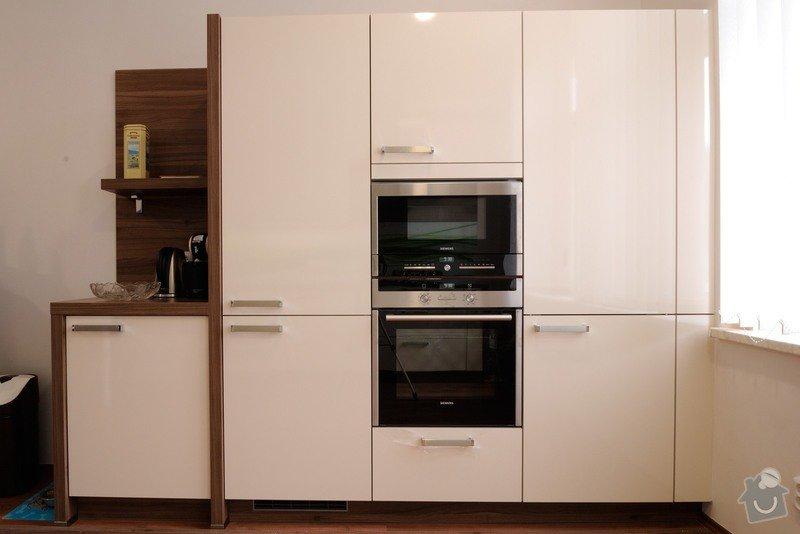 Rovná kuchyně do bytového domu, Karlovy Vary: DSC_3683