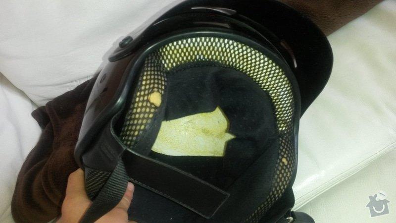 Čalounictví, oprava vnitřku 2 helem na moto - otevřených: 20140713_130756