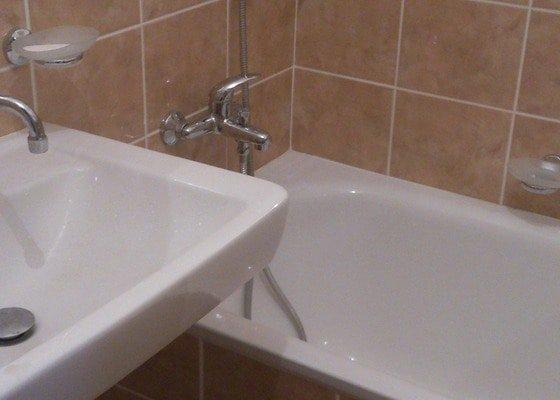 Rekonstrukce koupelny, WC a kuchyně vč.podlahy