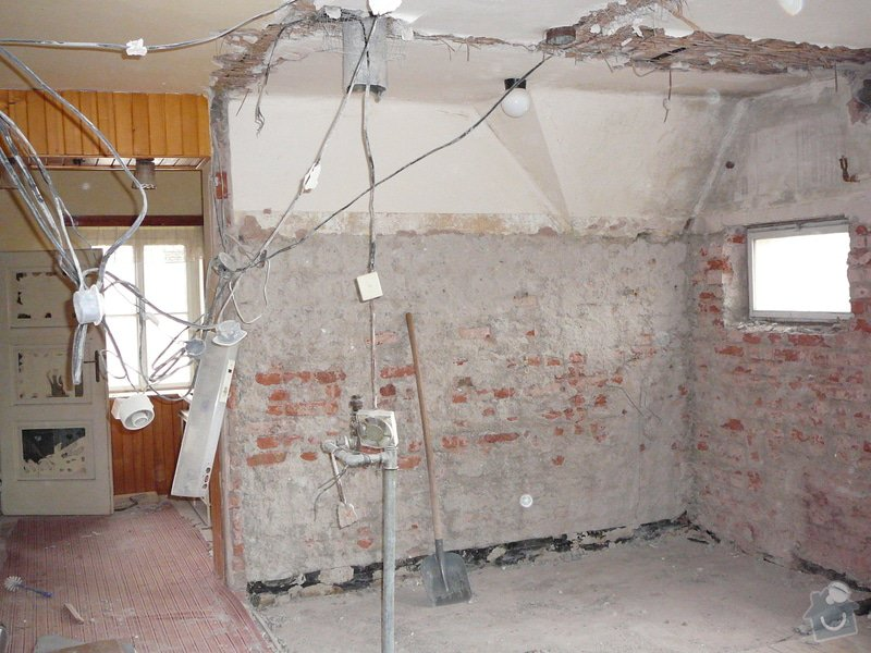 Rekonstrukce rodinného domu: P1020376
