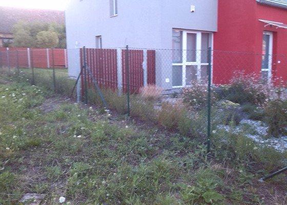 Dodání a realizace oplocení zahrady