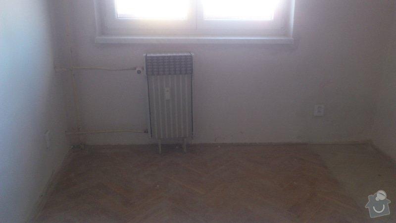 Výměna 4 radiátorů, úprava umístění plyn. kohoutu v kuchyni: DSC_0855