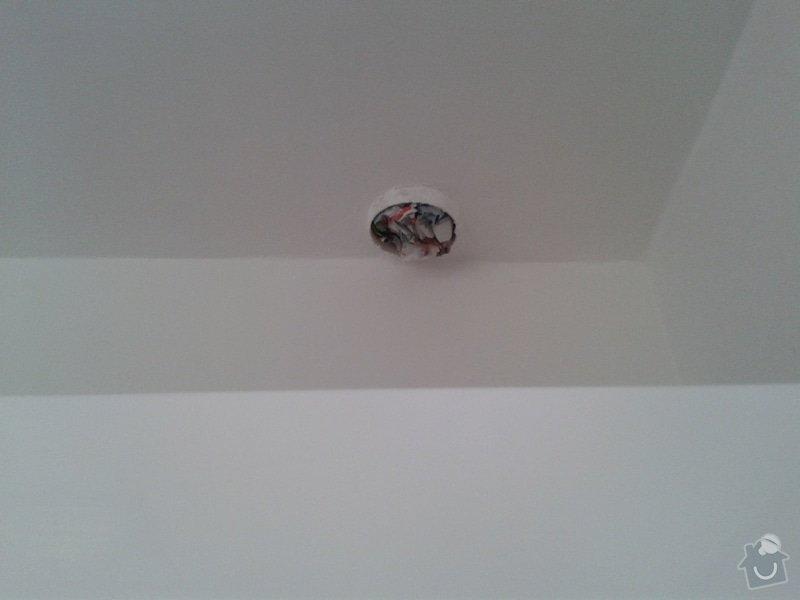 Opravy v bytě - Novostavba: c._6a_-_dira_v_strope_I.