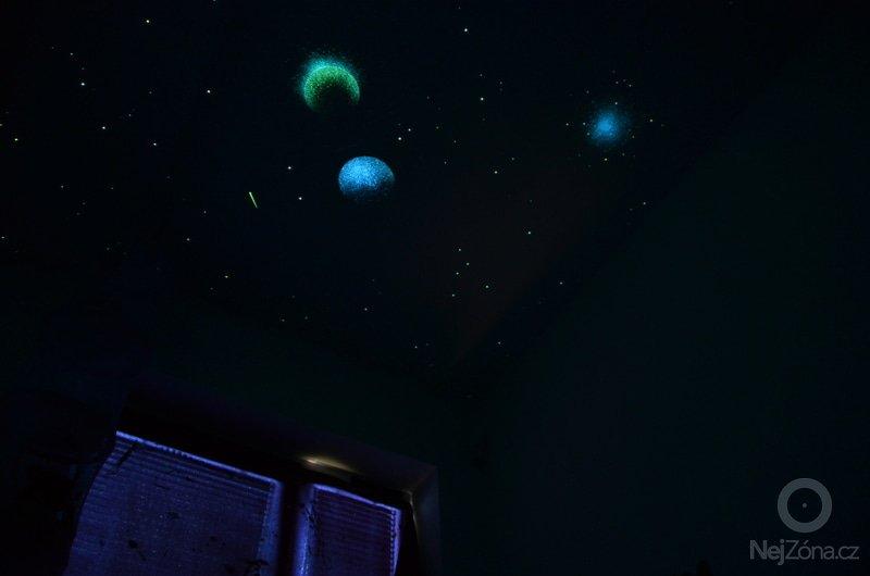 Dekorace dvou dětských pokojů noční oblohou: DSC_0510