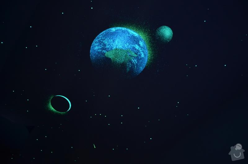 Dekorace dvou dětských pokojů noční oblohou: DSC_0515_2_