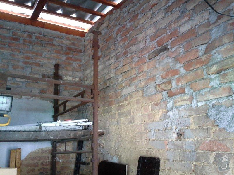 Zednické práce, oprava a nový nátěr fasády RD: 20140722_103717