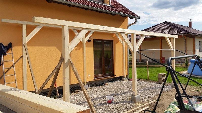 Ztotovení  pergoly nad terasou rozměr  5x3 m. včetně oplechování + střešní krytina - tašky.: 20140705_171807