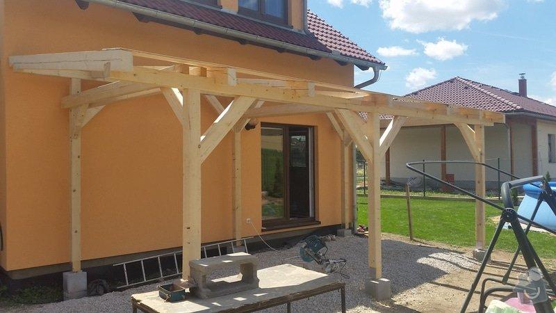 Ztotovení  pergoly nad terasou rozměr  5x3 m. včetně oplechování + střešní krytina - tašky.: 20140706_124750