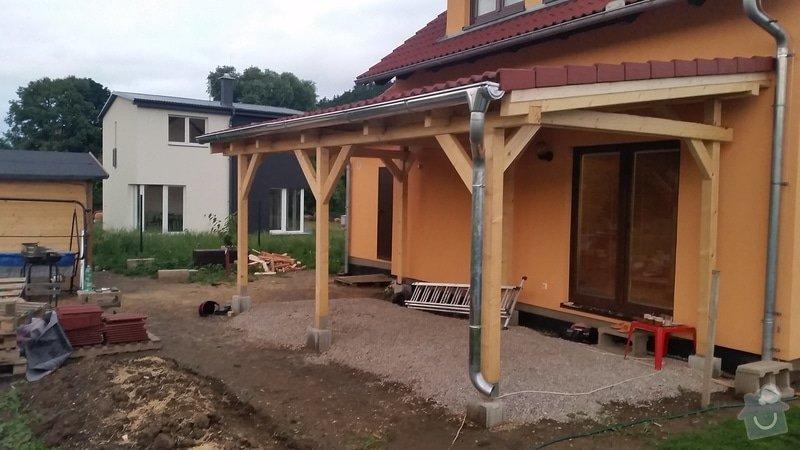 Ztotovení  pergoly nad terasou rozměr  5x3 m. včetně oplechování + střešní krytina - tašky.: 20140709_210443