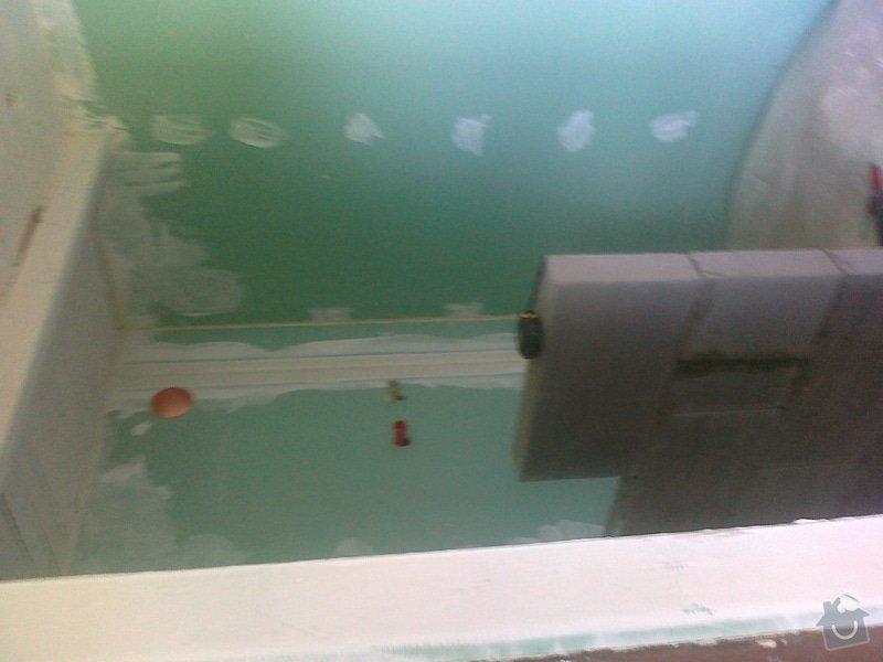 Stěny kolem sprchové vaničky: 270720141544