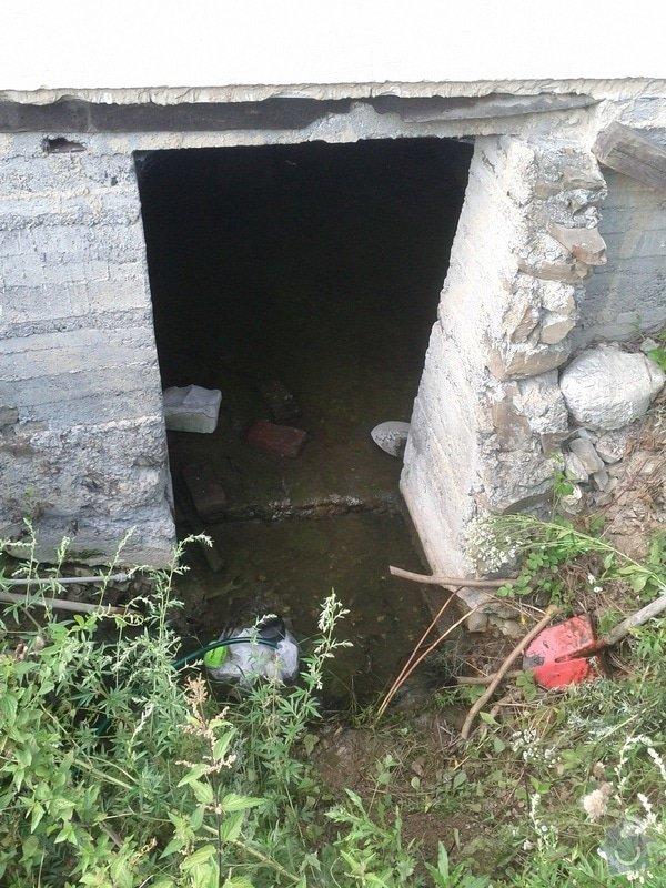 Zednické a instalatérské práce na chatě v Kletné: vchod_do_sklepa_2