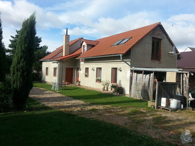 Kompletni fasadu na RD: 20140724_182436