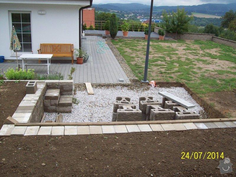 Znovu položení a rozšíření zámkové dlažby kolem stávajícího rodinného domu: Image00001