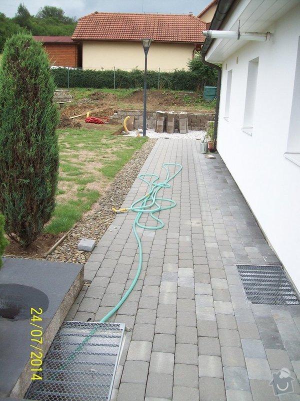 Znovu položení a rozšíření zámkové dlažby kolem stávajícího rodinného domu: Image00002