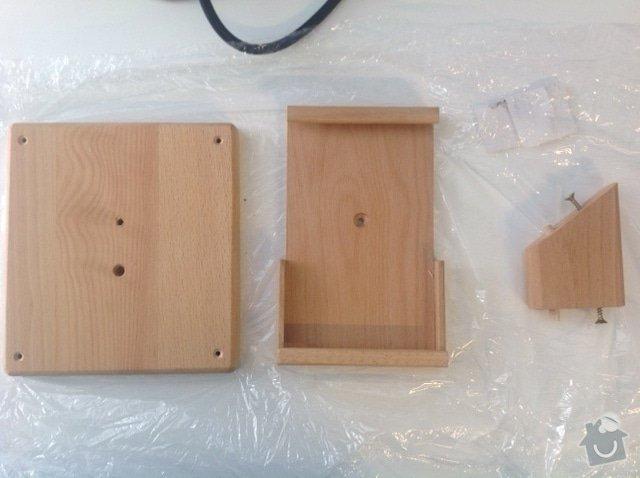 Dřevěné stojánky na tablety: image1