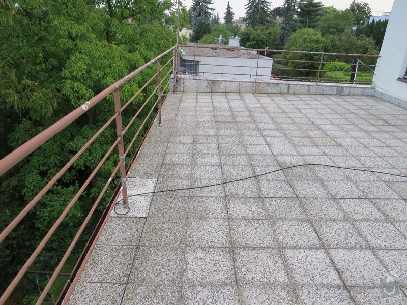 Nátěr kovových prvků na domě: IMG_3472