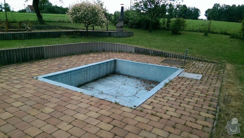 Zasypání bazénu a položení zámkové dlažby: IMAG0072