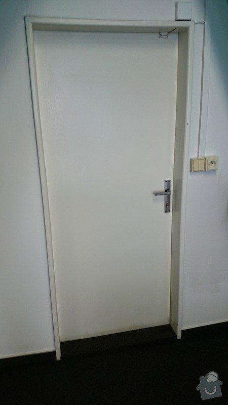 Vsazení větrací mřížky do kancelářských dveří: DSC_000001_1_