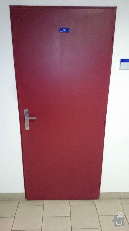 Vsazení větrací mřížky do kancelářských dveří: DSC_000001_5_