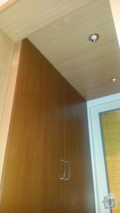 Výroba kuchyňské linky, knihovna nástavba na psací stůl a vestavěná skříň s obložkou a podstropním úložným prostorem: h_1_
