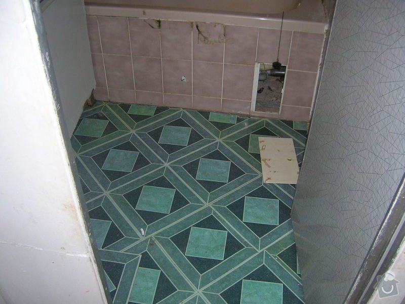 Rekonstrukce koupelny Hrádek u Rokycan: DSCN7011