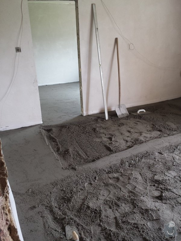 Vyrovnání podlah,výměna topení,sádrokartonové podhledy: 20140730_125303_1_