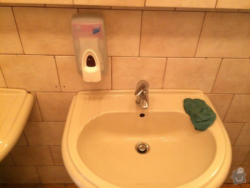 Oprava pánských WC ve firmě: Photo_01.08.14_6_18_42