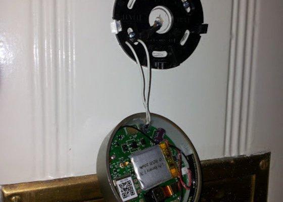 Montáž - dveřní digitální kukátko s Wifi pro android