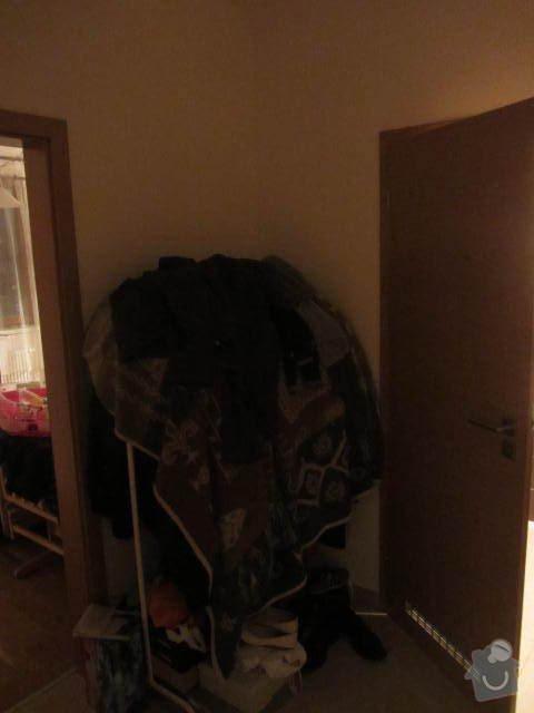 Vestavěná šatní skříň na míru: IMG_8304