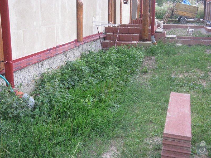 Zámková dlažba u rodinného domu: IMG_7587