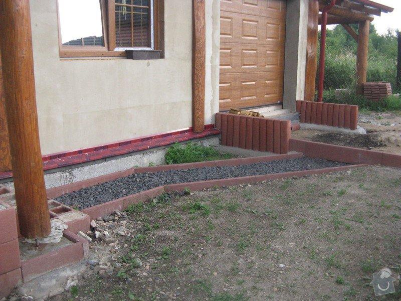 Zámková dlažba u rodinného domu: IMG_7583