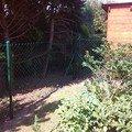 Plot a jednokridla branka mezi sousedicimi pozemky img 20140803 110050