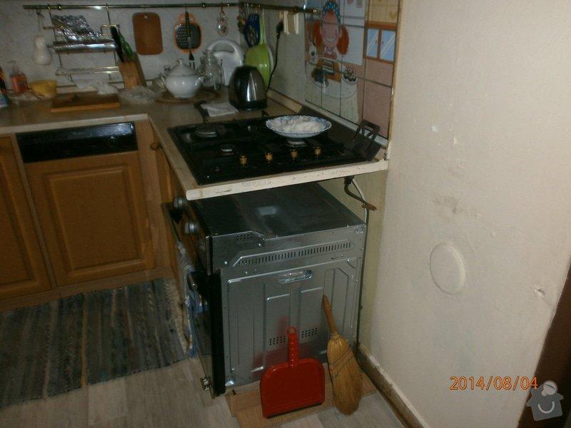 Dokončení kuchynˇské linky po zrušené vestavbě: kuchyn_1