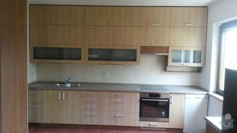 Kuchyňská linka,vestavěná skříň, pracovní kout a úložný prostor: K_3_