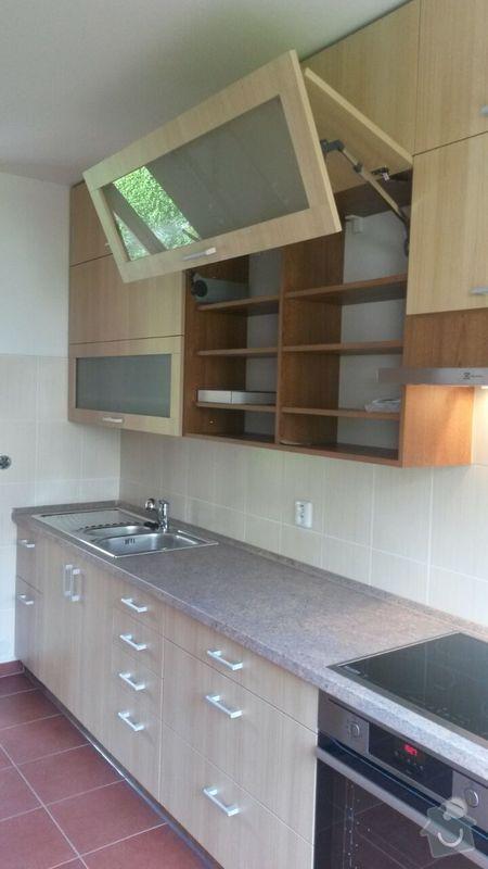 Kuchyňská linka,vestavěná skříň, pracovní kout a úložný prostor: K_4_