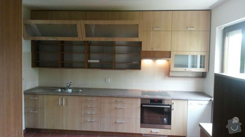 Kuchyňská linka,vestavěná skříň, pracovní kout a úložný prostor: K_5_