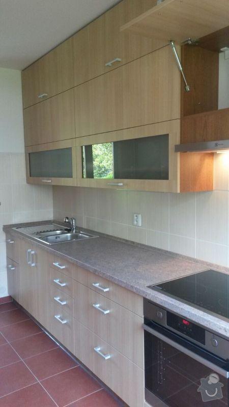 Kuchyňská linka,vestavěná skříň, pracovní kout a úložný prostor: K_19_