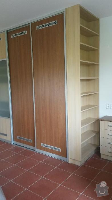 Kuchyňská linka,vestavěná skříň, pracovní kout a úložný prostor: K_8_