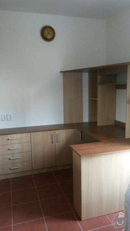 Kuchyňská linka,vestavěná skříň, pracovní kout a úložný prostor: K_16_