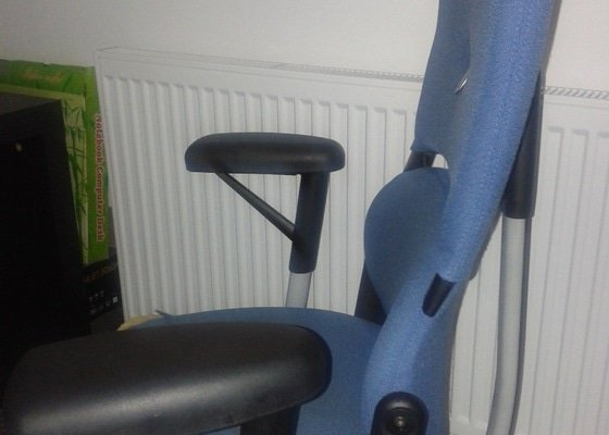 Přečalounění kancelářské židle
